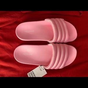 NWT H&M Pink Slides